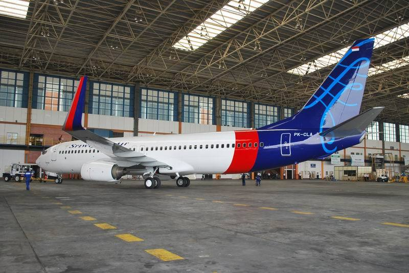 Sriwijaya launches new livery and 2 class service